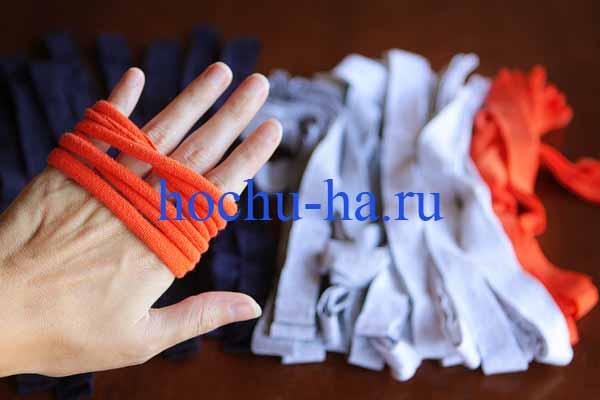 Как сделать шарф из футболок.